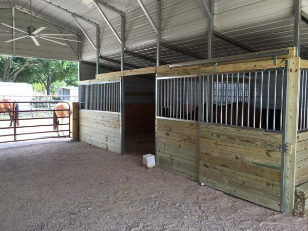 CMI Horse Stalls And Equipment Customer Photo Gallery And - Before and after achorse stable
