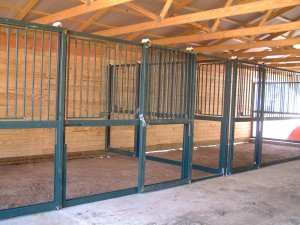 Cmi horse stalls and equipment customer photo gallery and for 4 stall horse barn